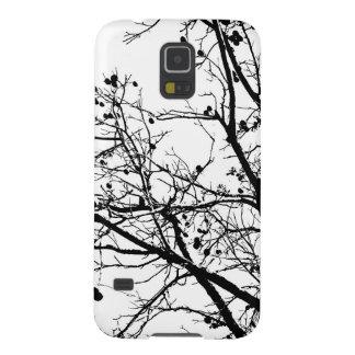 Árbol blanco y negro del invierno carcasa galaxy s5