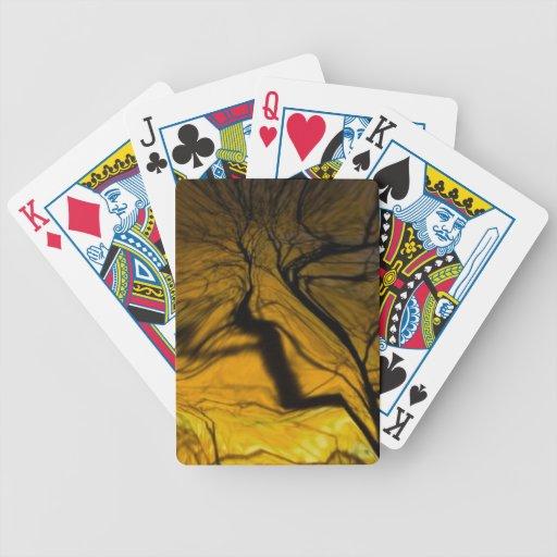árbol borroso loco, de oro barajas de cartas