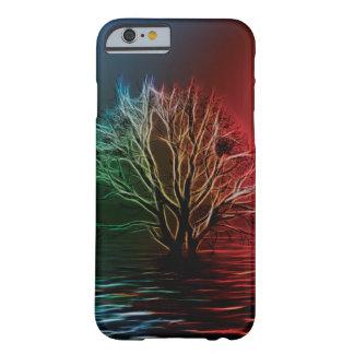 Árbol, cielo y río de Fractalius Funda Barely There iPhone 6