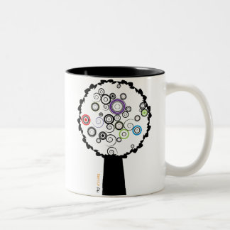 arbol colores Two-Tone coffee mug