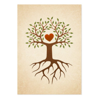 Árbol con el corazón y las raíces tarjetas de visita grandes