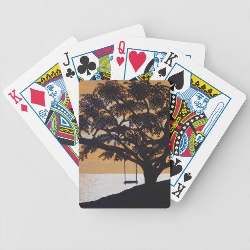 árbol con el oscilación baraja cartas de poker