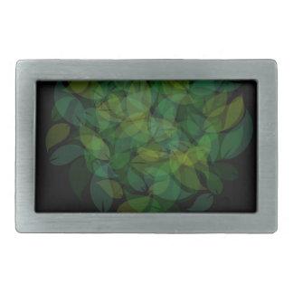 Árbol con las hojas en sombras del verde hebillas de cinturón rectangulares