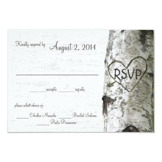 """Árbol de abedul con el corazón tallado RSVP Invitación 3.5"""" X 5"""""""