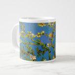 Árbol de almendra floreciente de Van Gogh, flor Taza Grande