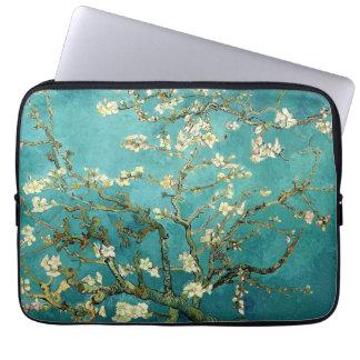 Árbol de almendra floreciente de Van Gogh Funda Portátil