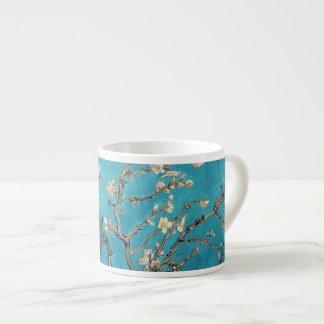 Árbol de almendra floreciente de Vincent van Gogh Taza Espresso