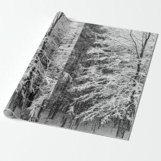 Árbol de arce resumido en nieve papel de regalo