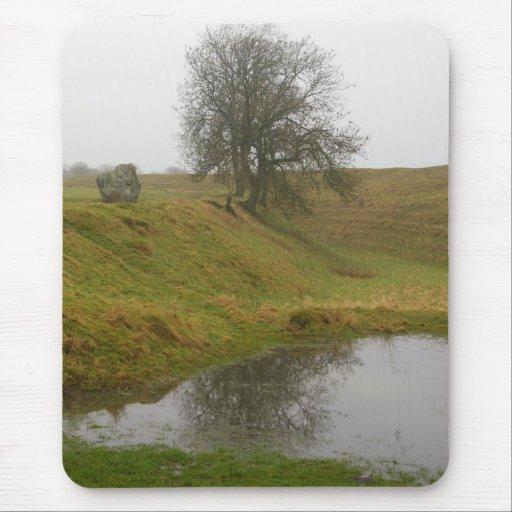 Árbol de Avebury Alfombrillas De Raton