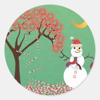Árbol de Candycane con el muñeco de nieve Pegatina Redonda