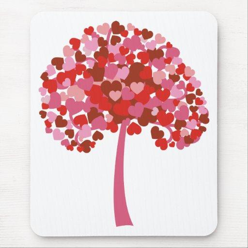 Árbol de corazones mousepad