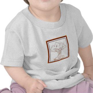 Árbol de familia de la genealogía con una torsión camisetas
