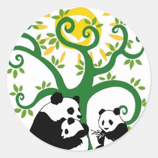Árbol de familia de la panda pegatina redonda