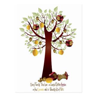 Árbol de familia putrefacto divertido de Apple Postales