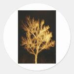 Árbol de fuego pegatina redonda