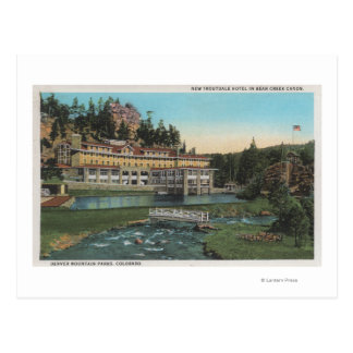 Árbol de hoja perenne CO - hotel de Troutdale ca Tarjeta Postal