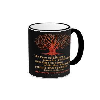 Árbol de Jefferson de la libertad Tazas