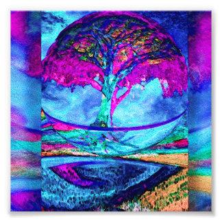 Árbol de la meditación de la vida en púrpura fotografías