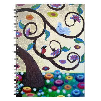Árbol de la paloma y del petirrojo de la vida libretas espirales