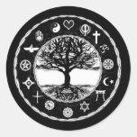 Árbol de la paz de las religiones del mundo de la etiqueta redonda
