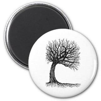 árbol de la vida azotado por el viento imán redondo 5 cm