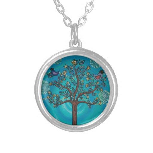 """""""Árbol de la vida en azul"""" por CatherineHayesArt Colgante Redondo"""