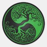 Árbol de la vida verde y negro Yin Yang Etiqueta Redonda