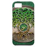 Árbol de la yoga de la vida iPhone 5 protectores
