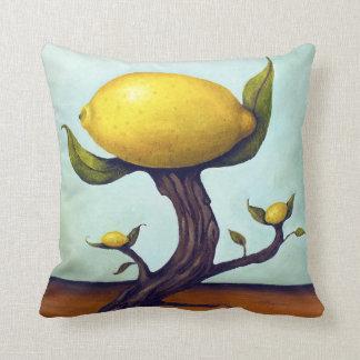 Árbol de limón surrealista cojín