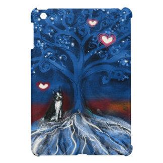 Árbol de los corazones del amor de la noche de Bos iPad Mini Cárcasa
