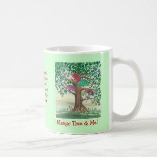 ¡Árbol de mango y yo! Taza con el barco rojo