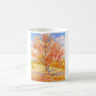 Árbol de melocotón de Vincent van Gogh en arte del Taza Básica Blanca