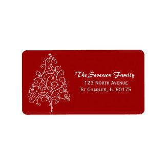 Árbol de navidad blanco en etiqueta roja del remit etiquetas de dirección