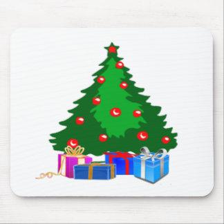 Árbol de navidad con los presentes tapete de raton