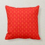 Árbol de navidad cualquier rojo del color almohada