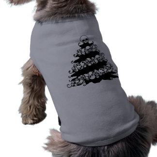 Árbol de navidad de la guirnalda del cráneo playera sin mangas para perro