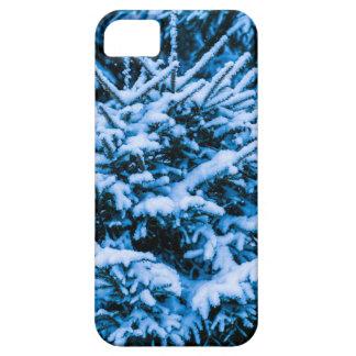 Árbol de navidad de la nieve del invierno iPhone 5 Case-Mate funda
