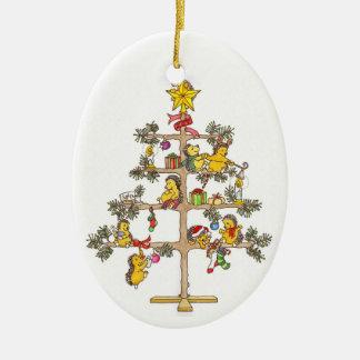 Árbol de navidad del erizo adorno navideño ovalado de cerámica