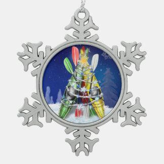 Árbol de navidad del kajak adorno de peltre en forma de copo de nieve