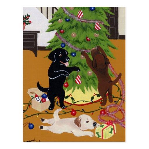 Árbol de navidad del labrador retriever tarjeta postal