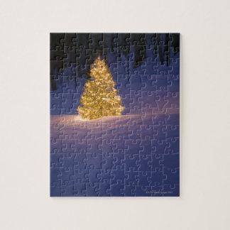 Árbol de navidad del Lit afuera Rompecabeza