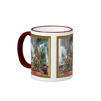 Árbol de navidad del maniquí taza