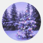 Árbol de navidad en el bosque pegatina
