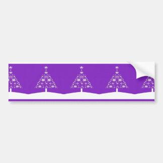 Árbol de navidad hecho de copos de nieve en Backgr Etiqueta De Parachoque