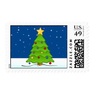 Árbol de navidad lindo en nieve timbres postales