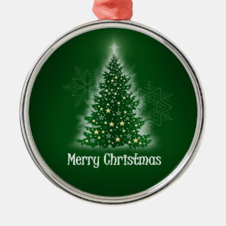 Árbol de navidad que brilla intensamente con las ornamentos para reyes magos