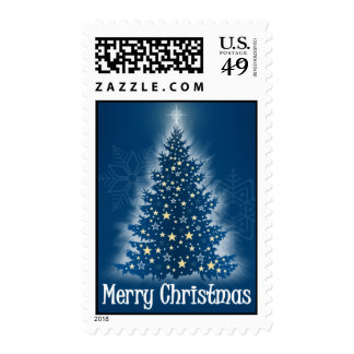 Árbol de navidad que brilla intensamente con las e