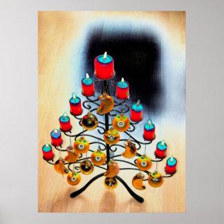 Árbol de navidad Schmiedeeiserner con candelas roj Póster