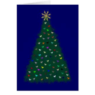 Árbol de navidad verde, caballos multicolores, tarjeta de felicitación