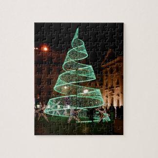 Árbol de navidad verde iluminado puzzles